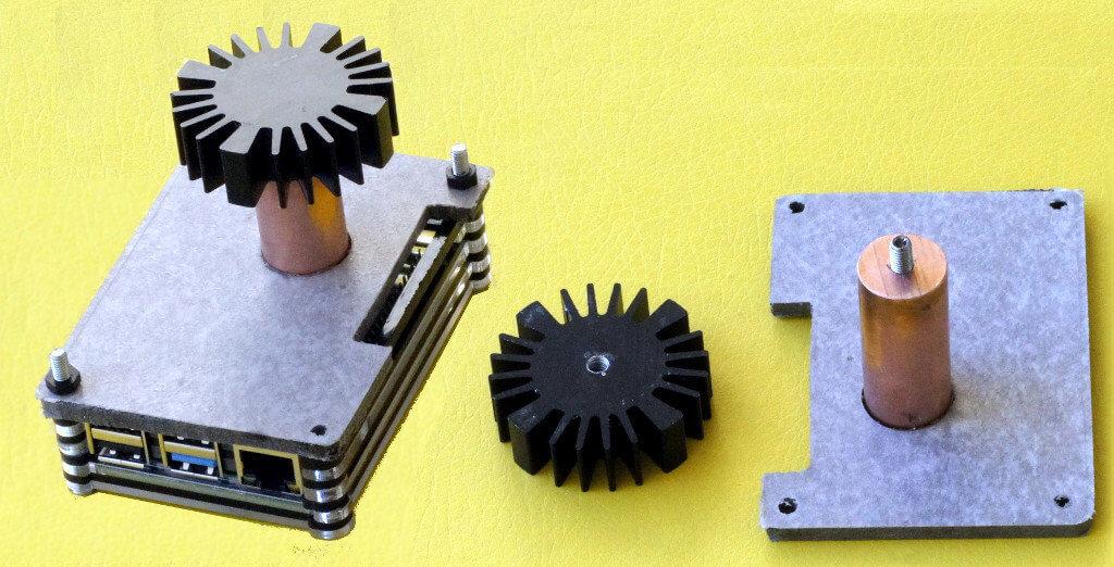 Raspberry Pi 4 mit Kupferzylinder als Kühlkörper