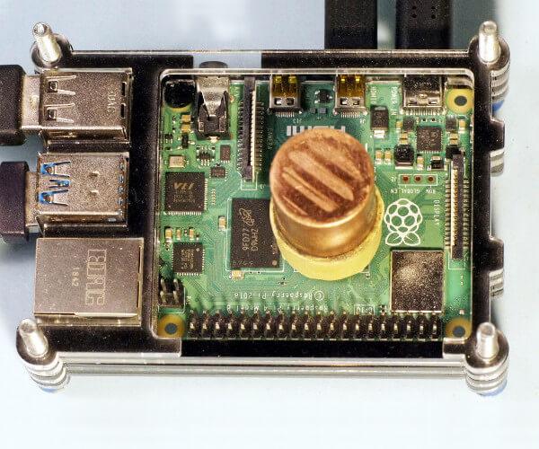 Kupfer Kühlkörper auf Raspi 4 CPU